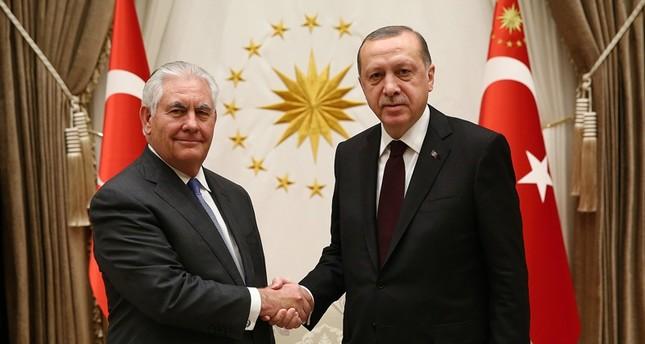Erdoğan Tillerson'la görüştü