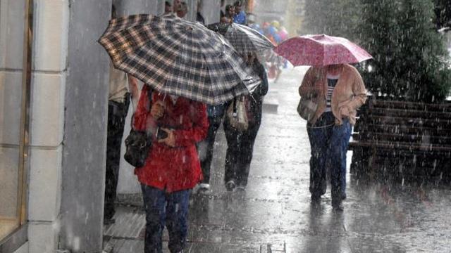 Trakya ve İstanbul İçin Sağanak Yağış Uyarısı Yapıldı