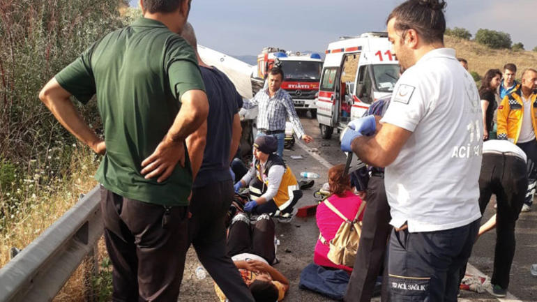 Ankara Bolu Yolunda Feci Trafik Kazası: 3 Ölü, 6 Yaralı