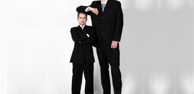 Araştırmalar 'Kısa Boylu Erkekler Uzun Boylu Erkeklerden Daha Sinirli'