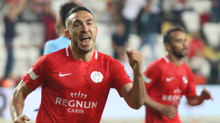 Ahmet Ağaoğlu, deplasmandaki 3-1'lik AEK galibiyetini değerlendirdi
