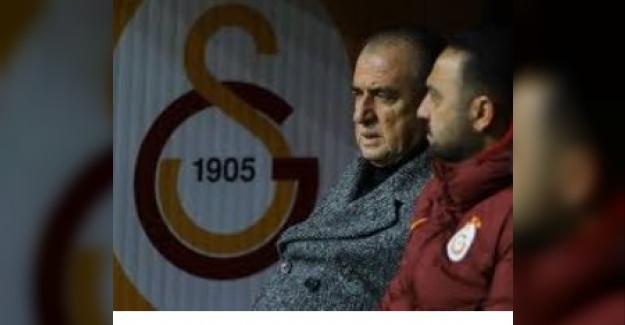Galatasaray'da İmparator tarafından 7 ismin bileti kesildi!