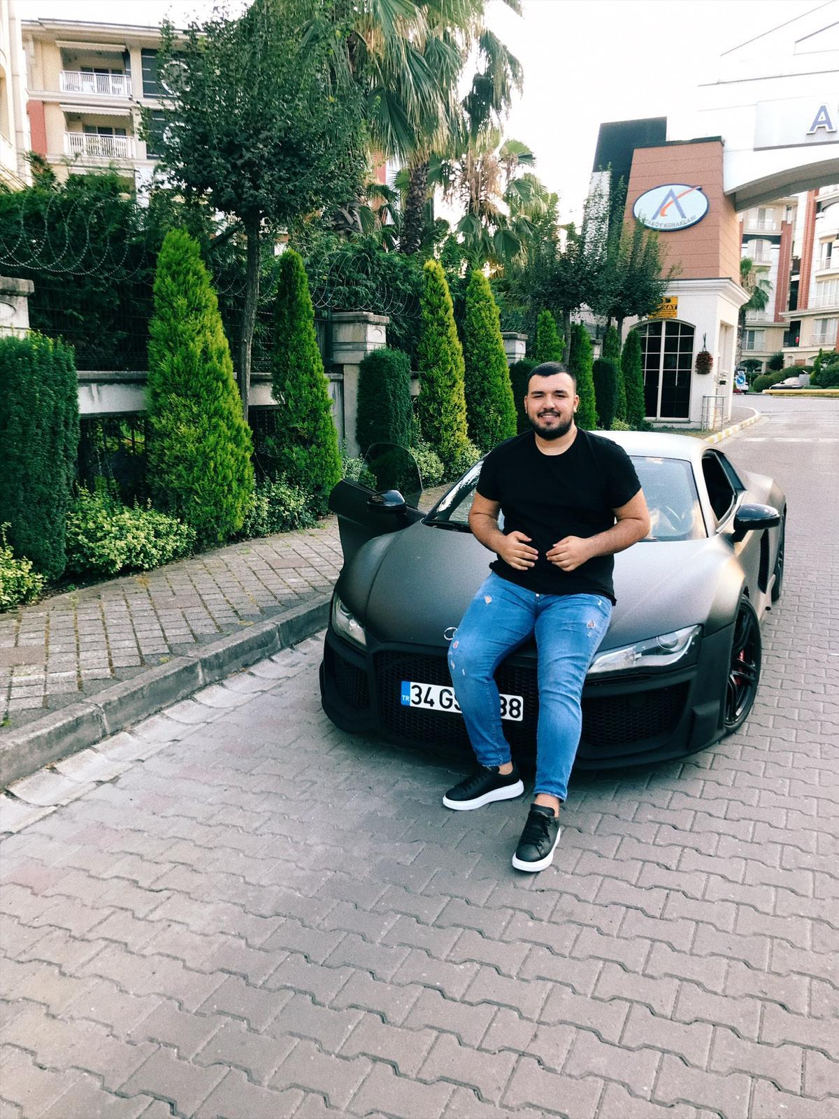 """Batuhan Şahindokuyucu: """"Ticaretin Yeni Adı; Instagram"""""""