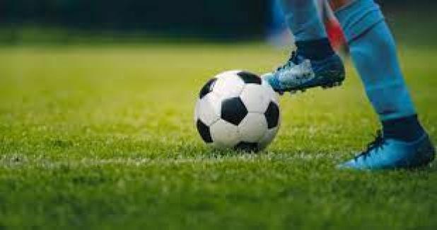 Konteynerde kalan çocuklar için futbol turnuvası
