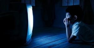 Uzmanlardan mavi ışık uyarısı